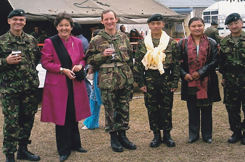 Mingma with British Army Officers
